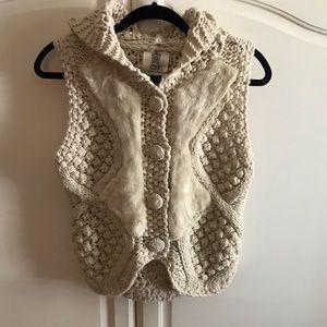 Anthropologie Lili's Closet Sleeveless Sweater